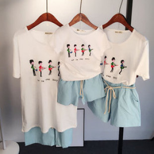 【新款精梳棉時尚親子裝】上衣+休閒短褲套裝組,手感佳,不起毛球,不掉色,舒適純棉質精緻作工,環保無毒印刷親子T恤90-2XL